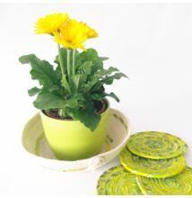 Sárga-zöld tavaszi poháralátét és kosár szett