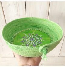 Zöld-lila pontfestett mandalás tároló