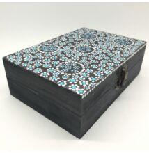 Ezüst-kék pontfestett ajándék dobozka