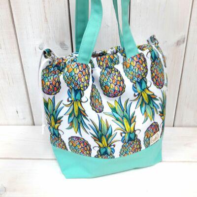 Ananászos táska